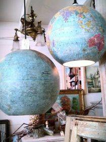 Globes mappemonde utilisé comme luminaires