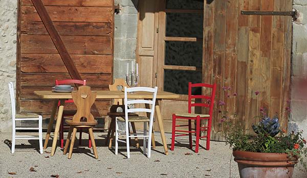 Tables et salons de jardin en bois