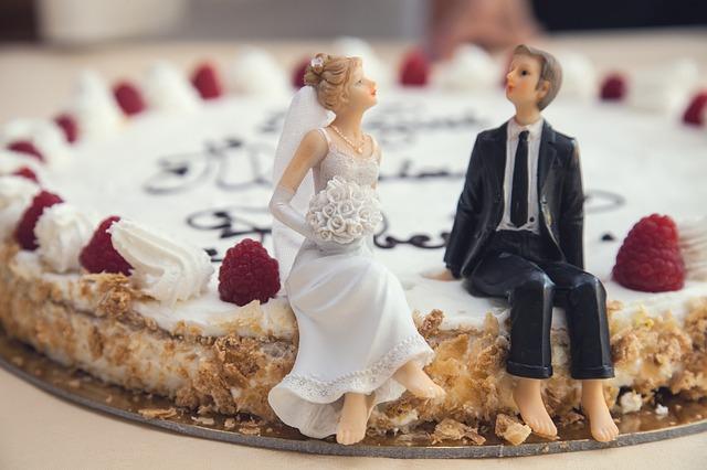 Tarte de mariage aux framboises