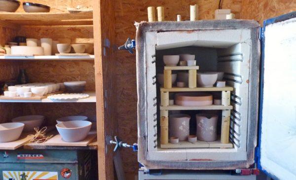 Four atelier de poteries savoyardes