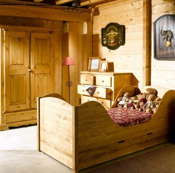 chambre enfant lit en pin à tiroirs style montagne